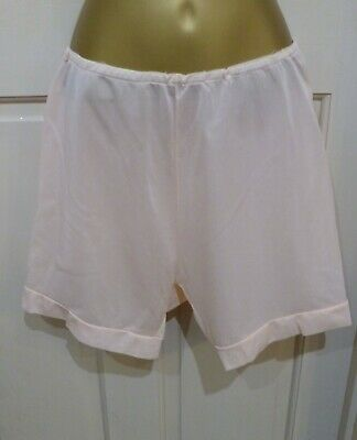 Vintage 1950S Beautiful Peach Bns Nylon Tricot Knickers Size 12-14