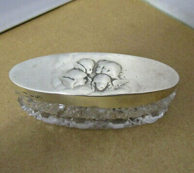 Sterling Silver lidded oblong box   Reynolds Angels    London 1908