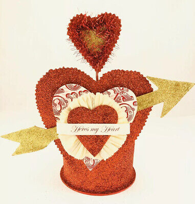 """Bethany Lowe Dee Foust Collection """"Here's My Heart"""" Centerpiece, New!"""
