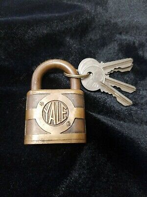 Vintage Yale And Towne Padlock Y & T Antique Brass Lock With Key