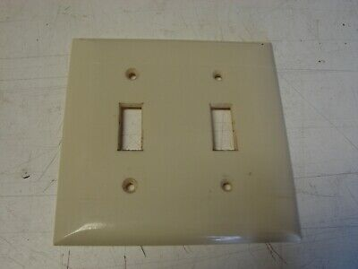 Vintage Bakelite Ivory Sierra light switch 2 gang Plate Cover Art Deco