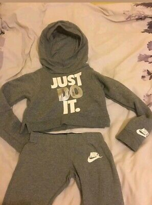 Girls Nike grey Just Do It leggings cropped hoodie set Outfit xs 6-8 yrs