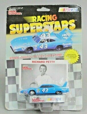 Racing Champions RICHARD PETTY Nascar Stock Car Plymouth Super Bird 1/64 #gt
