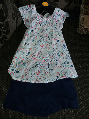 Girls Top and shorts set age 8-9 years. New with tags. Unwanted.