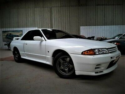 NISSAN SKYLINE R32 GTR  Bargain priced from trusted seller