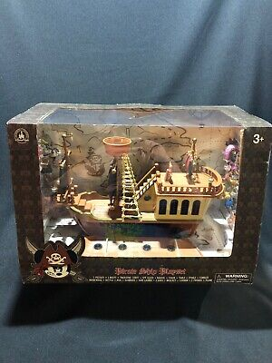 Disney Parks Pirates of the Caribbean Mickey Pullback Pirate Ship Toy New