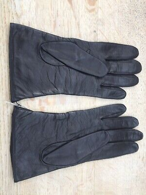 ladies black leather lined gloves with stitch detail size 8