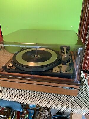 Vintage Dual 1019 Automatic Turntable With Cover Very clean Condition.