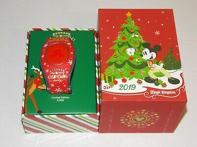 Disney Parks Mickey's Very Merry Christmas Party 2019 LE Red Magic Band MVMCP