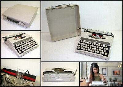 Vintage 1970's ROYAL 200 Portable Typewriter with Carry Case & New Ribbon
