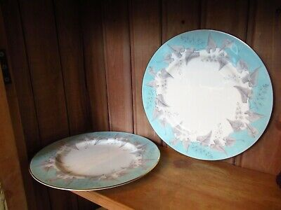 2 Lovely Vintage Wedgwood China Buxton Blue Grey Ivy Leaves Dinner Plates Gilded