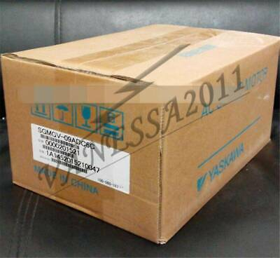 1PC New Yaskawa Servo Motor SGMGV-09ADC6C IN BOX