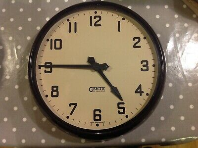 """VINTAGE BLACK BAKELITE GENT OF LEICESTER WALL CLOCK,VERY NICE CONDITION 14"""" Dia"""