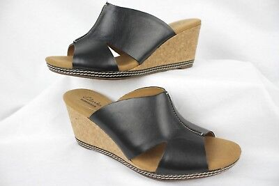 NEW WOMENS CLARKS HELIO CORAL WEDGE SILVER METALLIC COLOR STRAP LEATHER SANDALS