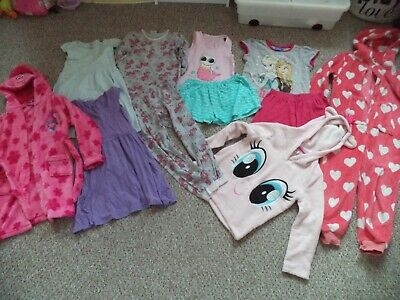 LARGE girl's pyjama sets, nighties and dressing gown bundle size 6-7 years
