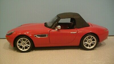 NWB Rare 1:18 Scale Red BMW Z8 Convertible Roadster Die-cast Car By KYOSHO