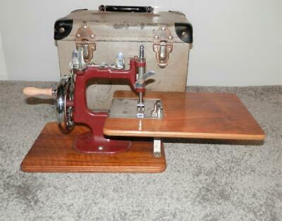 Vintage - 1950's Miniature Essex Sewing Machine W/ Box/Case