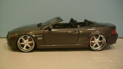 NWB 1:18 Scale Metallic Grey BMW 645 Ci Convertible Die-cast Car By Maisto