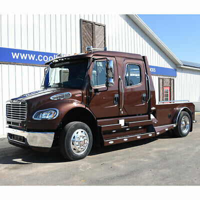 2015 FREIGHTLINER RHA-114 SPORT CHASSIS New 2015 Freightliner M2 Sportchassis Crew Cab Hauler 350 HP Cummins