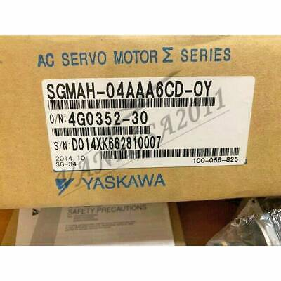 1PC New Yaskawa servo motor SGMAH-04AAA6CD-OY