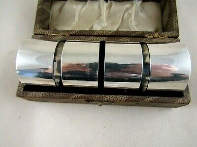 Silver Plate   BOXED SET OF FOUR NAPKIN RINGS   Unused Condition