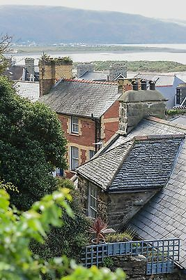 Holiday Cottage Wales  Snowdonia  Sea and beach views  parking  Sleeps 5