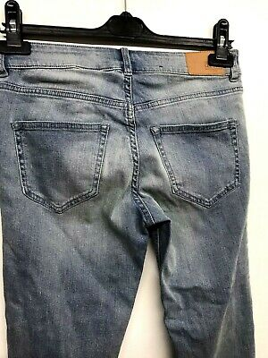 """Ladies H&M Divided Light Blue Jeans Size 8 Skinny stretchy Divided [W28"""" L30]"""
