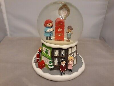 R.H. Macy's Christmas Water Snow Globe, believe meter, Rotating Top, New York