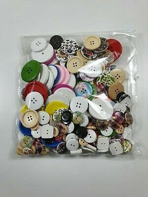 Pack Mixed Size Knitting Sewing Craft Art RED BUTTONS 95g Assorted 200