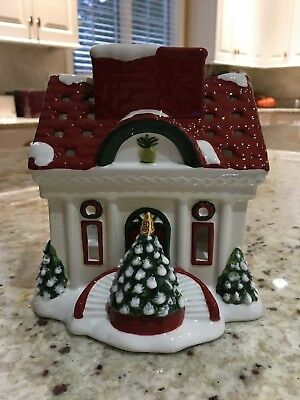 Waterford Holiday Heirlooms Votive Tealight Candle House NIB
