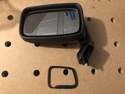 Porsche 928 driver (left) side view mirror, with motor and glass, color L700
