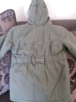 Girls warm Green Coat / Jacket Age 3-4 Years. Used but in very good condition.
