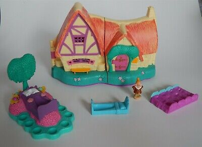 Vintage Disney Polly Pocket Snow White Cottage playset - not complete