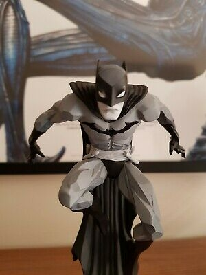 Batman Black And White Jonathan Matthews Limited Statue