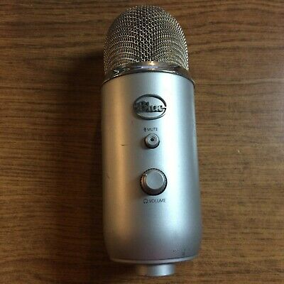Blue Yeti Microphone - Silver - Good Condition
