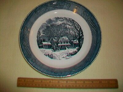 "Royal China Currier & Ives Blue & White 10"" Pie Plate W/The Old Inn Design  Euc!"