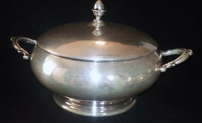 Wallace Silverplate 9864 Round Footed Covered Serving Dish With Handles