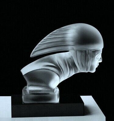 Art Deco 1930' Bohemian Glass Car Mascot Figurine Hood Ornament