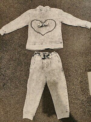 Tracksuit Girls Age 4 - 5 Years grey heart cute Bow