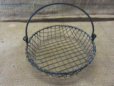 Vintage Metal Wire Basket w Handle > Antique Old Garden Kitchen Boxes 5873