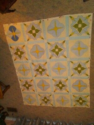 """Beautiful Handmade Quilt 63"""" X 76"""" Hand Stitched Reversible Excellent Condition"""