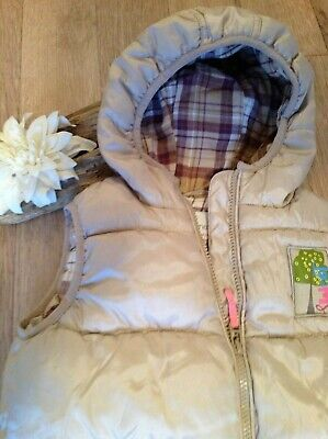 NEXT Girls Gilet Bodywarmer Thick Cosy with hood 4-5 years holiday camping WARM