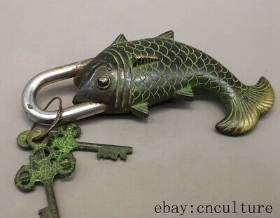 Collection Old China antique bronze copper handmade fish lock key