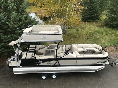 New-2785 Funship cruise pontoon boat with 200 4 stroke Mercury and trailer