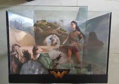 Barbie Doll- Wonder Woman and Steve Trevor Paradise Island Set - Brand New