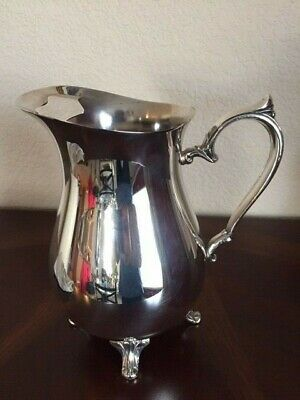 Footed Silver Plated Water Pitcher International Silver Co Excellent Condition