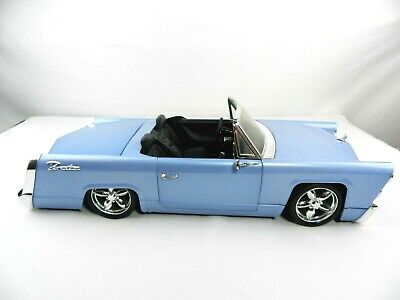 CRUSER Blue Cadillac Style Car for  Dolls Bratz  F.M