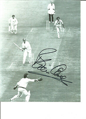 Cricket Autograph Brian Close England Signed 10x8 inch B&W Photograph JM348