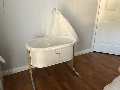Baby Bjorn Bassinet with Canopy, fitted sheets and fitted mattress