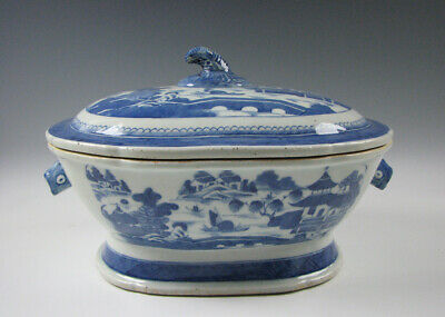 Antique Chinese Export Porcelain Blue and White Canton Soup Tureen 19th Century